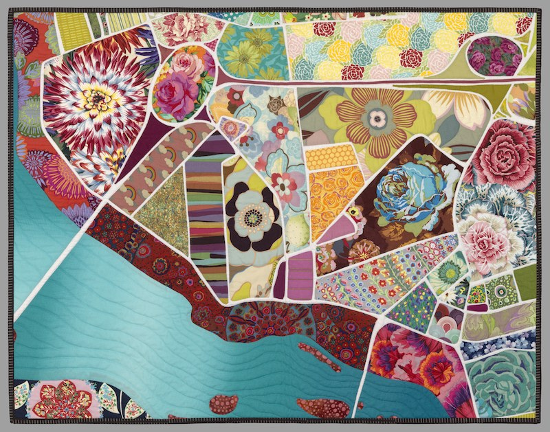 timna-tarr-_-roses-in-the-rotary-_-map-quilt-_-art-quilt-_-south-hadley-_-massachusetts-800x629